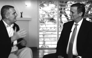 Roberto Luis Troster debate os rumos da economia no segundo governo Dilma