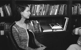 Priscila Cruz analisa os reflexos da educação no desenvolvimento socioeconômico