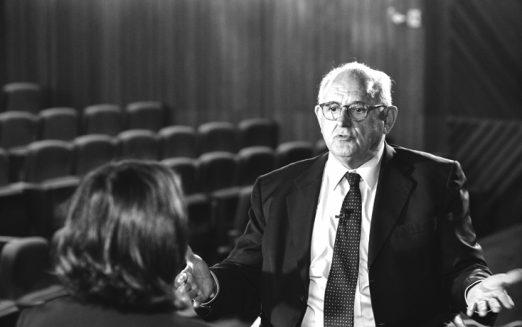 """""""Temos que reduzir o intervencionismo"""", diz Nelson Jobim"""