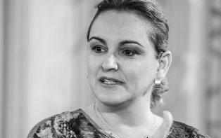 Adriane Gallo